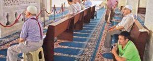 cami-namaz-tabure-sandalye